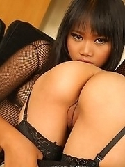 Mintra and Kanda in Fishnets