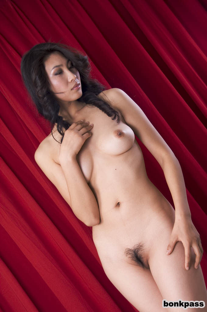 Nude chinese models