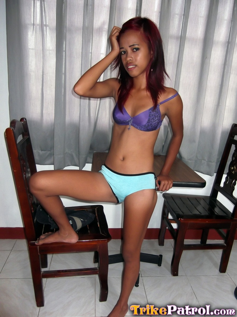 skinny naked foreign teen