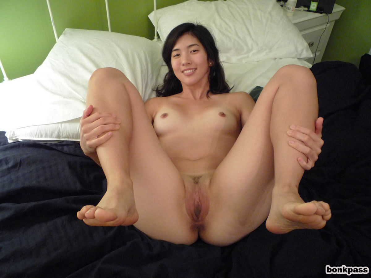Asian old man voyeur college students have sex 4